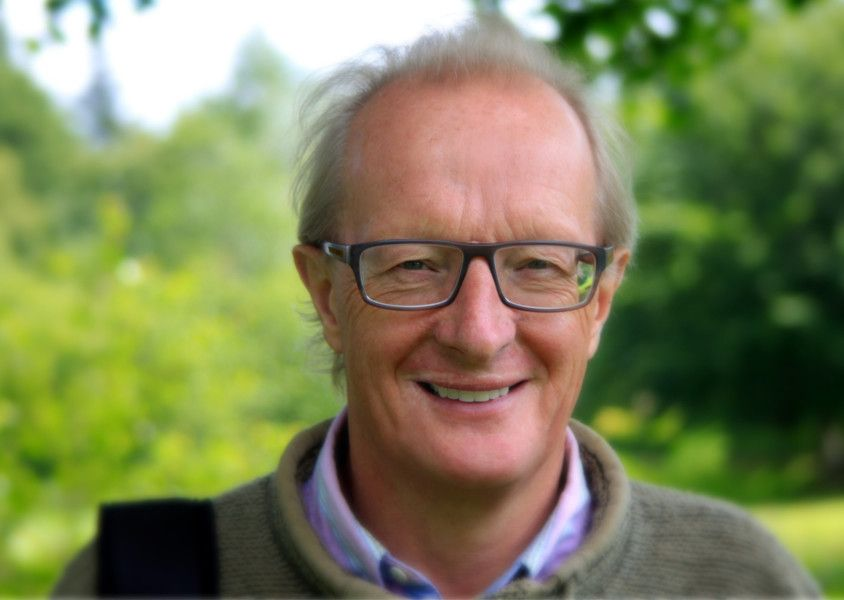Dr Keith Dawson